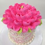 See this Instagram photo by @whiteflowercakeshoppe • 593 likes