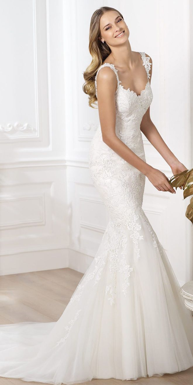 Pronovias 2014 Fashion Collection | bellethemagazine.com