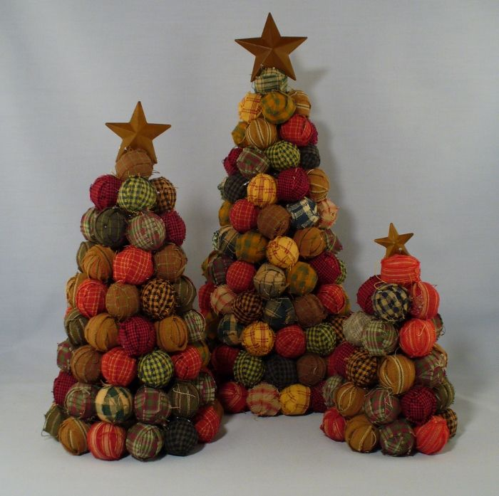 Primitive Christmas Decorating: 241 Best Christmas Trees To Craft Images On Pinterest