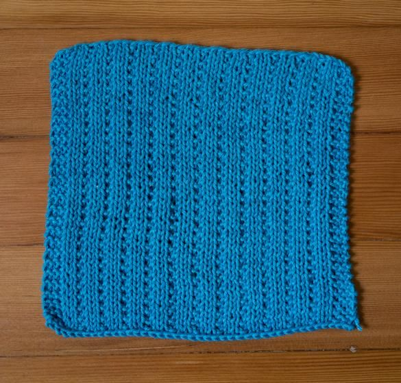 Cable Stitches Knitting Pattern : 17 Best images about knitting patterns: washcloths on Pinterest Baby seahor...