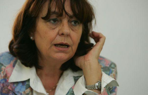 """INTERVIURI CU SCRIITORI. Ana Blandiana: """"Îl parodiasem pe Ceaușescu travestindu-l în Motanul Arpagic"""""""
