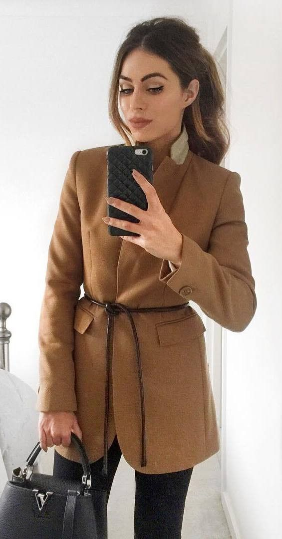 cute outfit idea / brown blazer + bag + pants