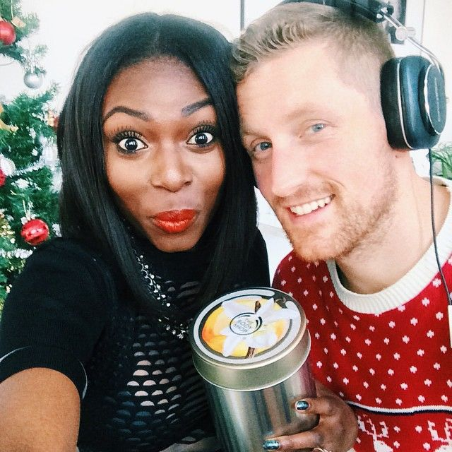 """what to get a girl you are dating for christmas Recently, i wrote a post on """"the 11 difference between dating a boy vs a man"""" the post can have the genders swapped and most points would still apply however, we can't deny that there are some fundamental differences between men and women – from how we are socialized to the chemical and hormonal differences that naturally occur."""