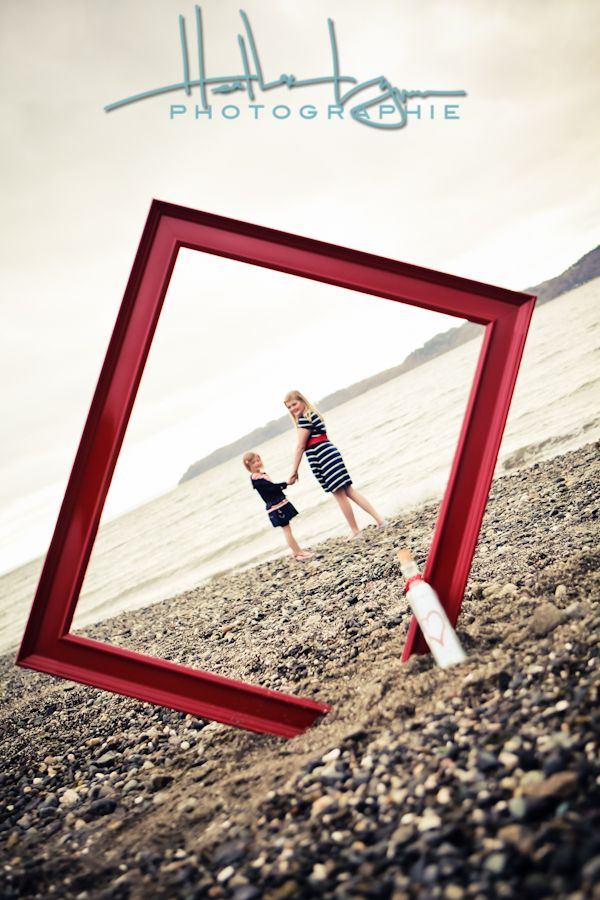 Creative use of empty picture frame... #stylelab (such a great use of props to capture a pretty landscape)
