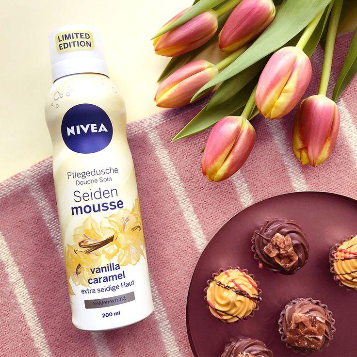 Ohhh … wie das duftet – unser Seiden-Mousse mit dem wohligen Duft von Vanille und Karamell pflegt eure Haut extra seidig und besonders mild. Wir lieben es! Ihr auch? 💛💛💛