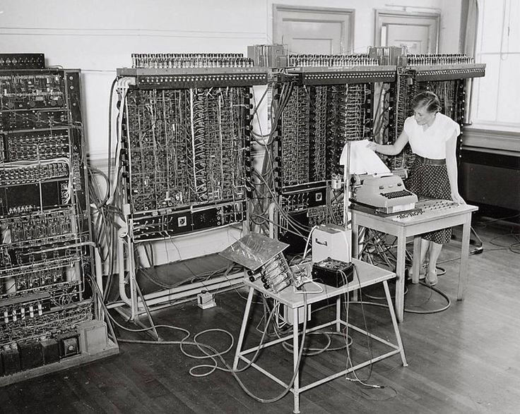 1952. A view of the first Dutch programmable computer, the Automatische Relais Rekenmachine Amsterdam or ARRA (Automatic Relay Calculator Amsterdam) at the Mathematisch Centrum in Amsterdam. Due to reliability problems, the ARRA was soon taken out of commission and replaced with the ARRA II, which was actually a completely new design. In December 1953 the ARRA II ran its first test programs and in 1954 it was completed. Photo AHF, Collectie IISG / Ben van Meerendonk. #amsterdam #1952 #ARRA