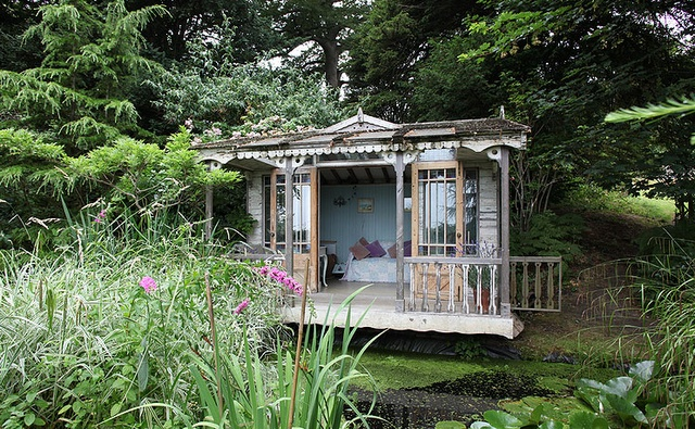 It's a yoga shack!!!!Rustic House, Tiny House, Summer House, Little House, The Offices, Tiny Cottages, Gardens House, Outdoor Spaces, Backyards