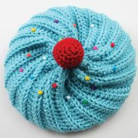 1000+ ideas about Crochet Cupcake Hat on Pinterest ...
