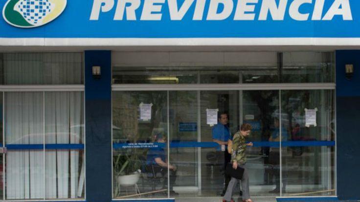 Previdência é maior peso não-financeiro no orçamento; para economistas, Brasil precisa repensar benefícios e sistema de aposentadorias para fechar as contas.