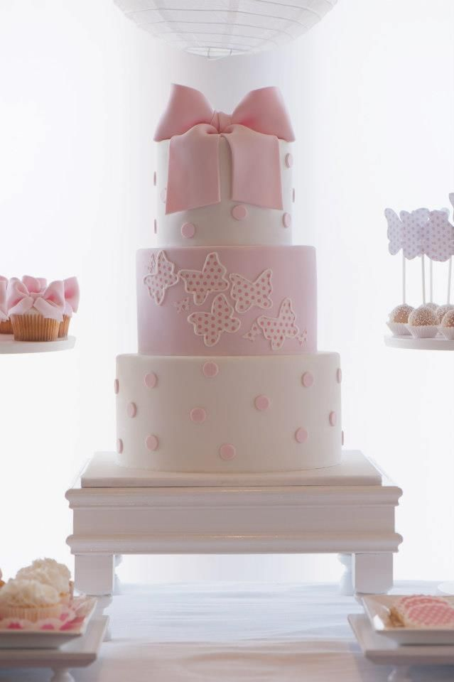 www.piccolielfi.it baby shower cake, bow cake, pink cake, girl cake