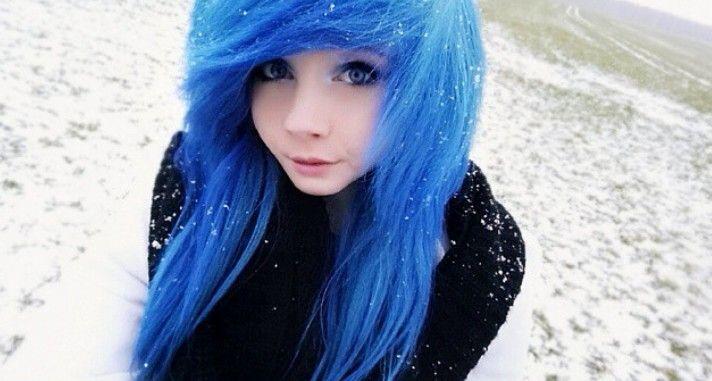 Emo scene hair blue