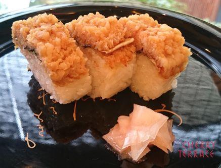 御壽文字名物鱧寿司 |