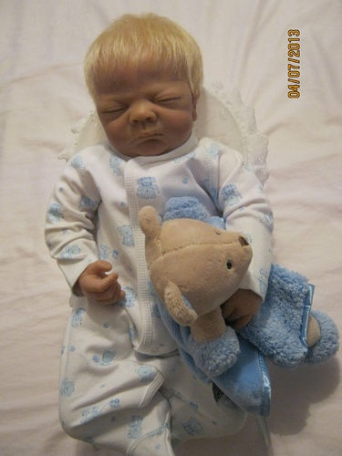 10 Best Images About Collectible Dolls By Linda Webb On