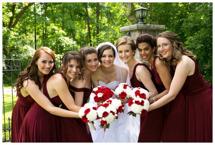 Close up of the bouquets #redandwhitewedding #burgundydresses #ottawawedding