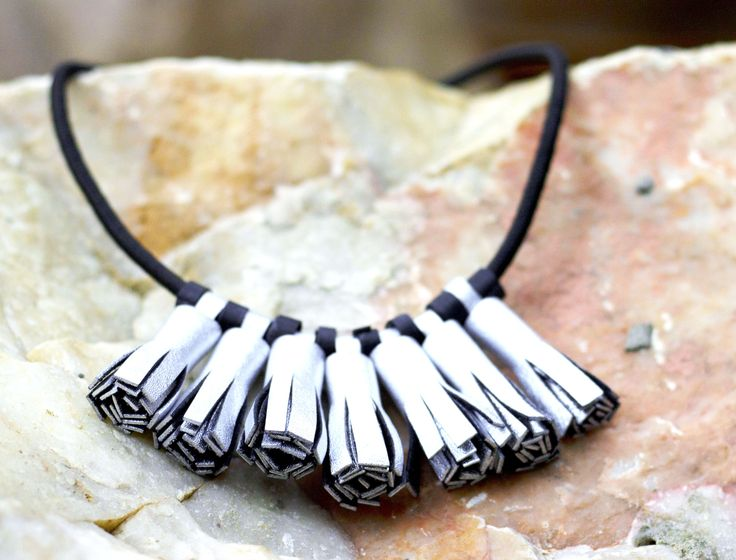 Leather tassels necklace by Ceelha