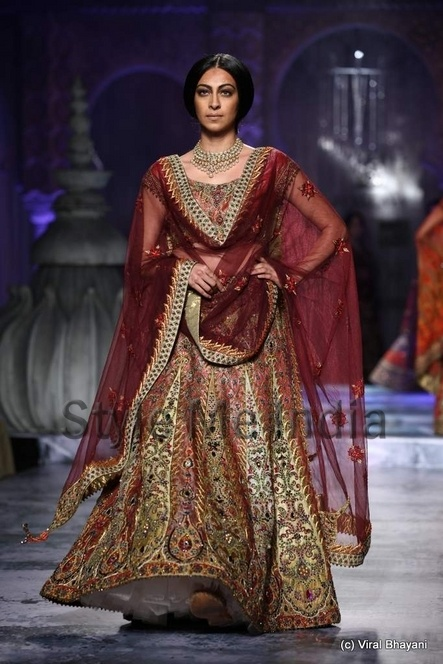 JJ Valaya at Delhi Couture Week 2012