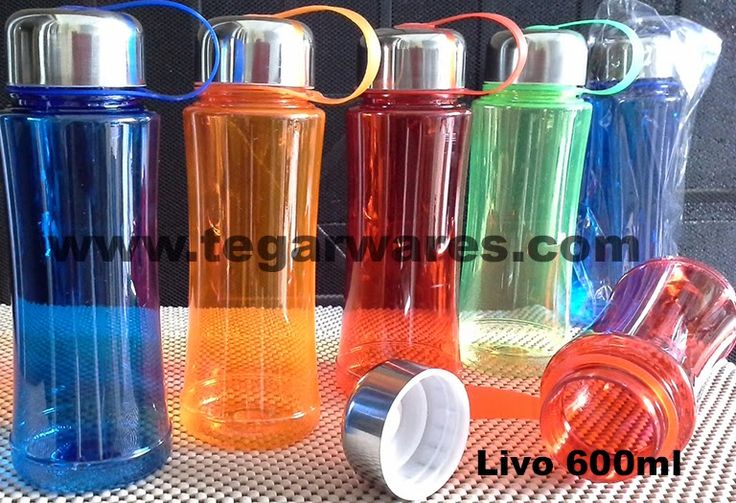 Drinking bottle 600ml capacity Livo type, size: 19.5 x 7 x 7cm available in blue, orange, red and green. Fitting your souvenirs school children