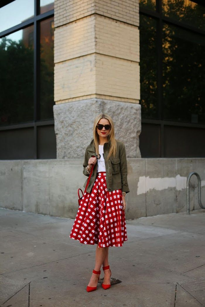 Street Style inspiration: Midi Skirts - I am digging the army green and red together!