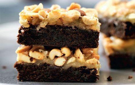 Verdens  bedste kombination: chokolade og karamel. Vi lover dig, at  denne  brownie er den ultimative kagenydelse, næsten ren konfekt.