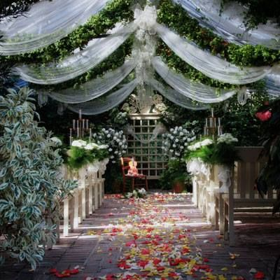 The Conservatory - Garden Wedding / Historic District