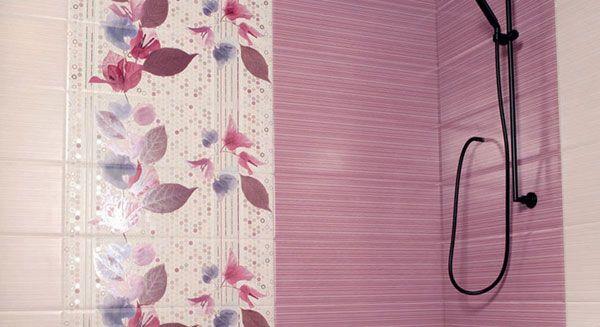 Розовая плитка для ванной комнаты
