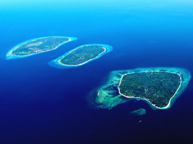 Gili Islands, off the coast of Lombok, Indonesia: Gili Air, Gili Meno, Gili Trawangan