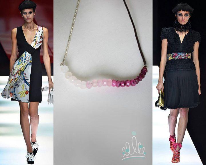 MILÃO FASHION WEEK DIVERTIDAS COMBINAÇÕES COM TONS DE ROSA a partir dos looks ARMANI clicados por ffw #MFW #asjoiasdarainha #divertidascombinações #ffw #armani #joias #lookscomjoias #lookacessorios #jewels #instajewels #instajoias #fashion#moda #instamoda #fashionjewel #fashionjewellery #jewellery #joia #joiascomsignificado #euquefiz #compredopequeno #joiadeautor #exclusivas #joiasexclusivas #ajdr_style #fashion_style  #designunico#eufizassuasjoias #eufizsuasjoias #autordejoias…