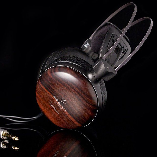 Fancy - Audio-Technica ATH-W5000 Audiophile Headphones