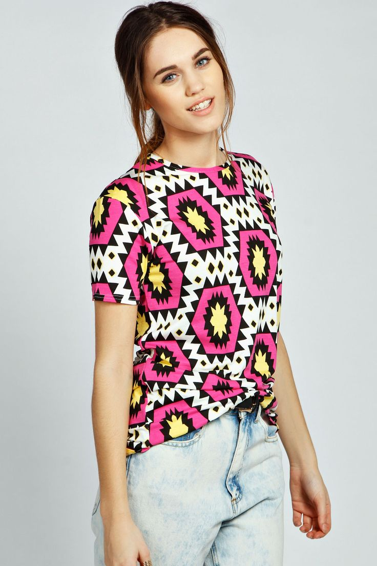 boohoo Emily Diamond Print Oversized Tee - multi A directional day top is the easiest way to stay on top of the trends Make your top a talking point with textures - think brocades, quilting and fluffy-feel. Jersey kinda gal? Shake it up with shapes. http://www.comparestoreprices.co.uk/womens-clothes/boohoo-emily-diamond-print-oversized-tee--multi.asp