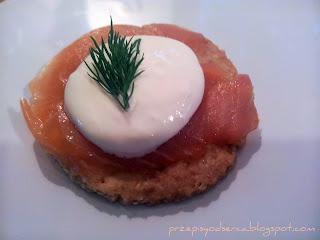 Łososiowo-chrzanowa przekąska/ Salmon and horseradish bites