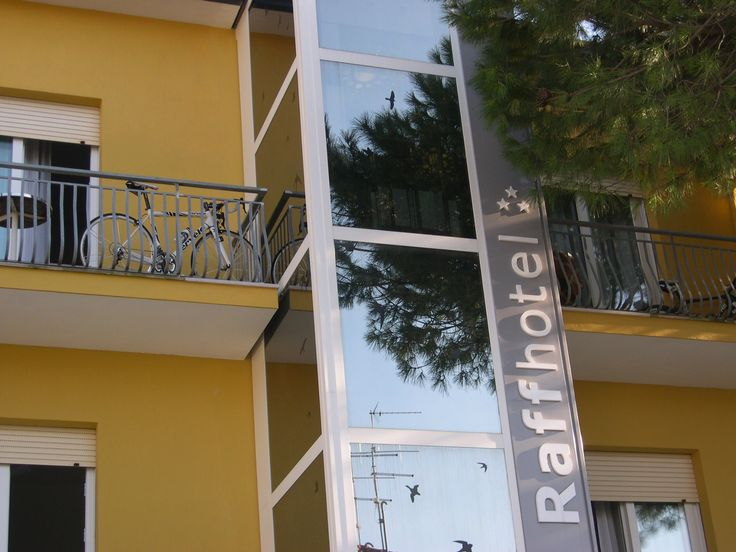 Hotel Raffaella*** nel Cervia (RA) Emilia-Romagna