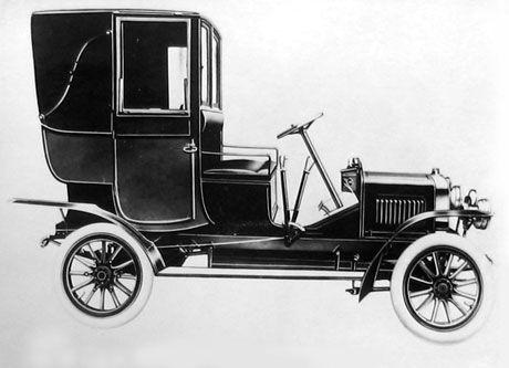 Laurin-Klement type F de 1907-08 à moteur quatre cylindres (84x110) de 2440 cc.