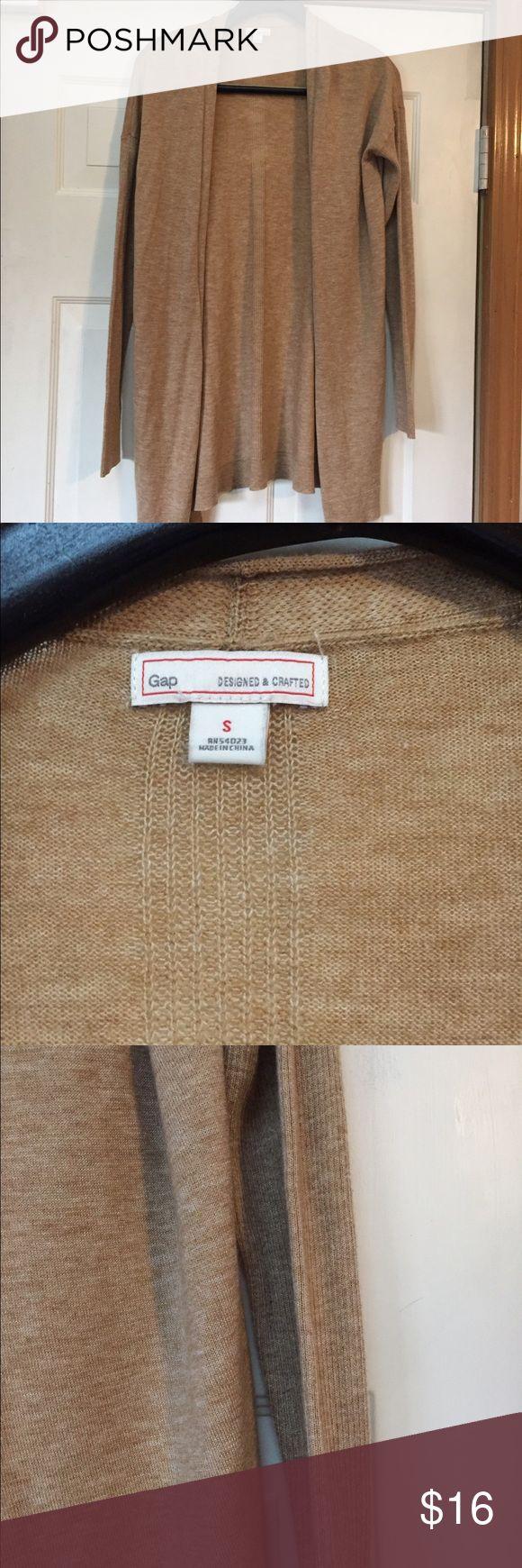 Gap camel cardigan ( thin weight) small EUC No piling. Smoke and pet free home . Bundle discount 20% GAP Sweaters Cardigans