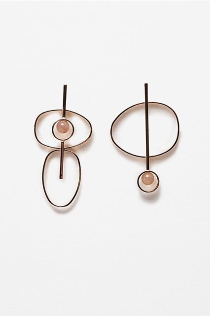 Minimal Dangly Earrings - Jewelry Trends