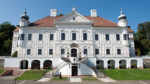 Teleki-Degenfeld Castle Hotel