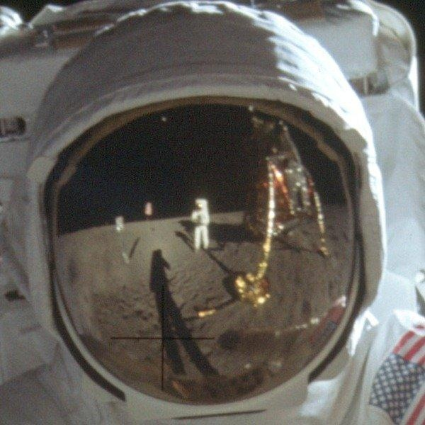 Why Neil Armstrong was camera-shy (Photo: Neil Armstrong / NASA file)