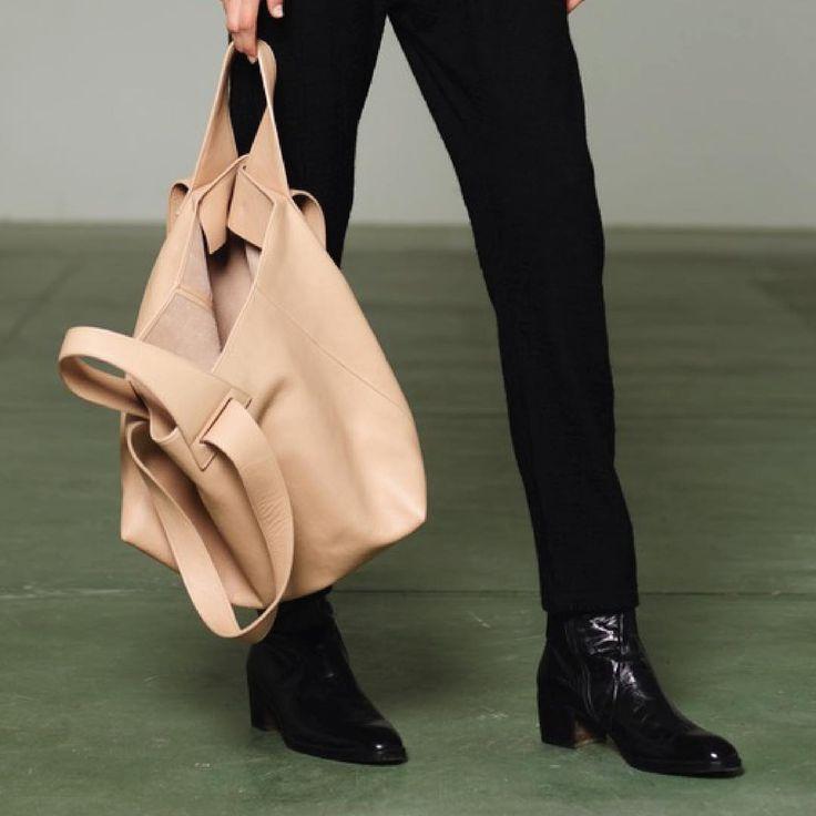 The Tote bag in nude color #slowfashion
