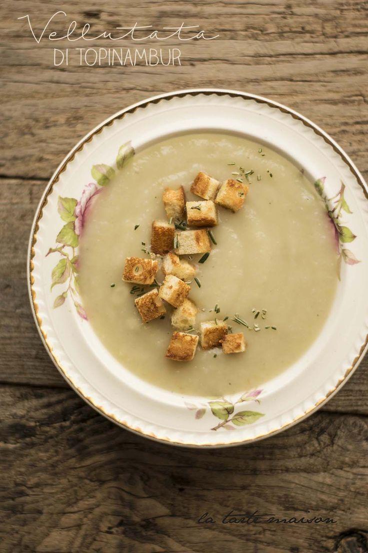 Vellutata di topinambur e crostini all'aglio