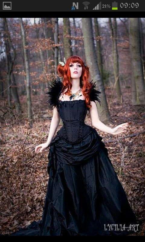 dress by johanna macht absolutely gorgeous frau rotes haar