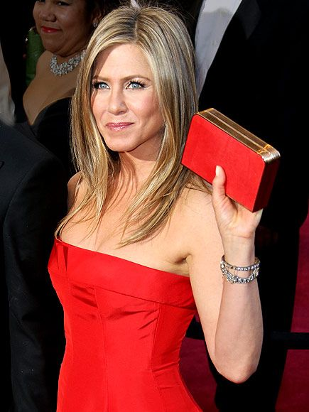 JENNIFER'S CLUTCH photo | Jennifer Aniston