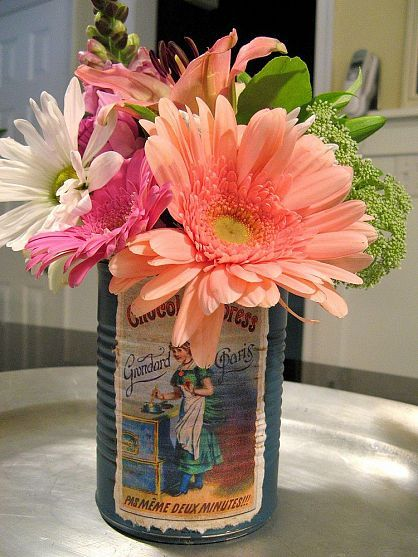 "Super easy ""Vintage"" tin can for Mother's Day Flowers!"