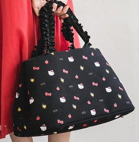 Hello Kitty x Ninamew Tote Bag *Nina mew 2018 Spring Collection* #hellokitty #bag #springcollection #totebag #sanrio