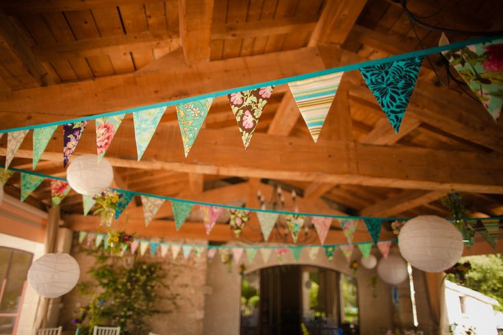 We love when brides borrow from the Style Me Pretty pages for their own weddings especially when the result is as adorable as this France wedding by David Bornais Photographyy.  Cute, colorful and crafty is the name of the game here with all of the details made with lots of love by the beautiful bride.  Hand […]