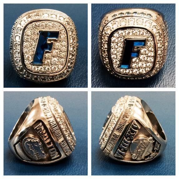 Softball Championship rings. http://gamedayr.com/sports/college-ncaa/florida-gators/florida-gators-softball-championship-rings-120618/