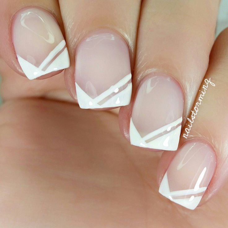 Beautiful French Manicure variation.