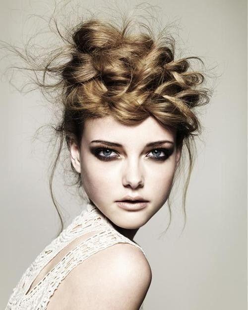 ♥Braids Hairstyles, Messy Hair, Crowns, Braidshair, Braids Updo, Makeup, Beautiful, Messy Braids, Hair Style
