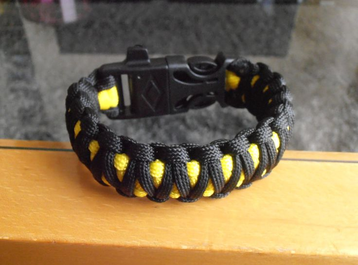 Survival bracelet King Cobra with Firestarter Whistle & Curved Mini Knife 3/4'' buckle by LifesavingBracelets on Etsy