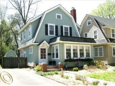 Best 25 dutch colonial exterior ideas on pinterest for Dutch colonial house for sale
