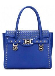 P145-BLUE Material : PU leather Height:    26 cm Length:    30 s/d 35 cm Depth:    10 cm Bag Mouth:  Zipper Long Strap:  Yes 1.2  kg   ..