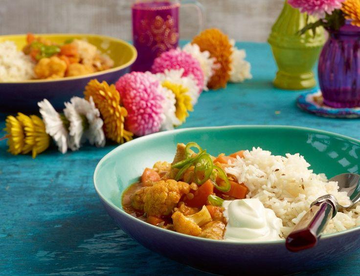 Hähnchencurry in Tomaten-Mango-Sauce schön fruchtig, mit Gewürzen und Joghurt herrlich indisch.